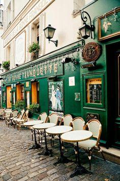 Montmartre Paris, Le Procope Paris, European Cafe, Cafe Exterior, Italian Cafe, Parisian Cafe, Cozy Cafe, French Restaurants, Chicago Restaurants
