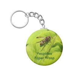 A paper wasp Vespidea key ring.