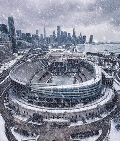 Soldier Field Blizzard, a shot of Chicago's football stadium during a blizzard in November 2018 Chicago Bears, Chicago Illinois, Chicago City, Chicago Skyline, Snow In Chicago, Chicago Winter, Chicago Travel, Bears Football, Sport Football