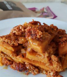Rakott édesburi köleskolbival Onion Rings, Waffles, Breakfast, Ethnic Recipes, Food, Morning Coffee, Essen, Waffle, Meals