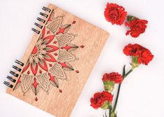 Wooden notebook with beautiful mandala design (Wood notebook, Wood journal) Make this exclusive piece without any additional cost. Laser Art, 3d Laser, Wood Crafts, Diy And Crafts, Wood Invitation, Laser Cutter Projects, Wood Book, Notebook Design, Wooden Hearts