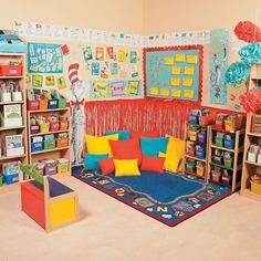 Book Corner Classroom, Reading Corner Kids, New Classroom, Kindergarten Reading Corner, Preschool Classroom Layout, Classroom Reading Nook, Preschool Decor, Classroom Decor Themes, Classroom Design