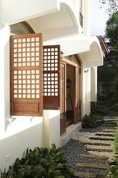 Contemporary Filipino Furnishings Update a Bahay-na-Bato Real Living Philippines Filipino Architecture, Philippine Architecture, Architecture Design, Modern Filipino Interior, Modern Filipino House, Exterior Design, Interior And Exterior, Philippines House Design, Philippine Houses