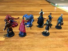 I thought these figures looked awesome out of the box and it would be so much better when painted. I have never painted figures before, but gave it a try and it was fun. So I have painted the seven characters and two Shoggoths. I still have to do the