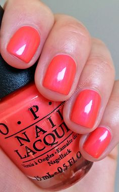 OPI: Down To The Core-Al - Great colour for a pedi for our Florida trip... Or even a Mani :)