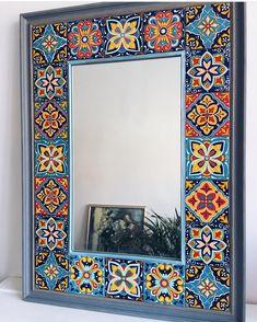 hippie style 234398355592794729 - Görüntünün olası içeriği: iç mekan Source by DemetYoung Pottery Painting, Ceramic Painting, Ceramic Art, Home Decor Furniture, Painted Furniture, Diy Home Decor, Mirror Painting, Mirror Art, Stone Painting