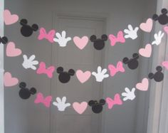 10 ft minnie mouse inspired paper garland banner decorations birthday clubhouse black white 2 shades of pink Minnie Mouse First Birthday, Minnie Mouse Theme, Minnie Mouse Baby Shower, Mickey Party, Mickey Mouse Birthday, Minnie Mouse Birthday Decorations, Minie Mouse Party, Disney Party Decorations, Minnie Birthday Ideas