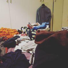 Seufz. Wäscheberge #lebenmitkindern #elternblog #familienblog