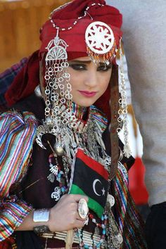 libyan girl wearing traditional libyan dress