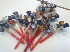 Ecorso — Durante los dos cursos escolares anteriores, el... Samba Instrument, Instrument Craft, Blind Art, Homemade Musical Instruments, Diy And Crafts, Crafts For Kids, Music Crafts, Finger Plays, Music And Movement