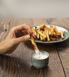 "Garlic ""Mayo"" by Autoimmune Paleo - a delicious way to enjoy homemade fries (Paleo Recipes, Gluten-free Recipes and Grain-free Recipes) #food #paleo #grainfree #glutenfree #dairyfree #mayo #garlic #dip"