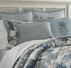 Tommy Bahama Bedding Sets are great for your beach home bedroom. We listed our favorite Tommy Bahama bedding, comforters, quilts, duvet covers, sheets, pillowcases, and throw pillows. Tommy Bahama decor is extremely popular and the bedding is great when you live by the paradise or islands.