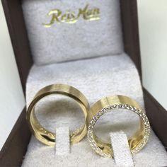 9d94303f80b Alianças Vila Rica ♥ Casamento e Noivado em Ouro 18K - Reisman - Reisman…  Aliança