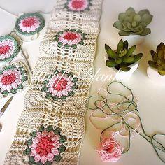 En sevdiklerimden 🌸🌸 #happyblanket #blanket #crochet #crochetting #crochetdesign #crochetaddict #handmade #elisi #orgu #tigisi #crochetthrow