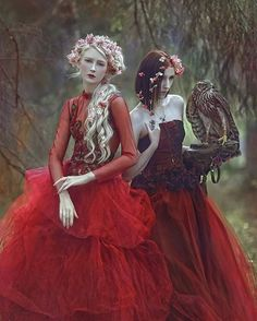By my dear 🌹 With beautiful co-model in dresses by ❤ Fantasy Photography, Fine Art Photography, Portrait Photography, Foto Fantasy, Fantasy Art, Maria Amanda, Spirit Art, Fairytale Fantasies, Ethereal Beauty