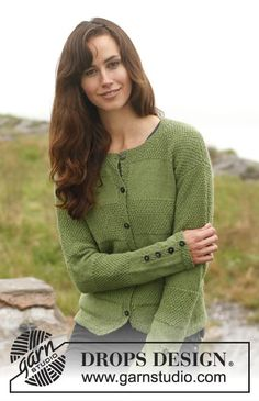 "Knitted DROPS jacket with stripes in stocking st and double moss st in ""BabyAlpaca Silk"". Size: S - XXXL. ~ DROPS Design"