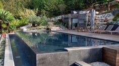 Le débordement par lesprit piscine 14 x 5 m. Luxury Swimming Pools, Luxury Pools, Dream Pools, Swimming Pool Designs, Outdoor Swimming Pool, Overflow Pool, Balkon Design, Mediterranean Design, Modern Ranch