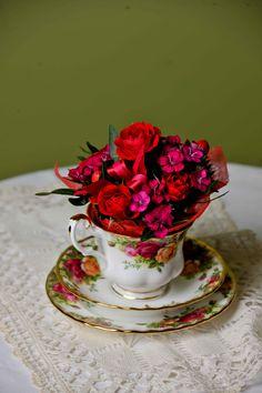 @Sarah Horne's  #EdinaRonay inspired #Dulcina bouquet