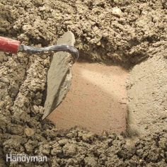 How to hand mix concrete so it delivers maximum strength and durability. Cement mixing isn't complicated and when done well, the concrete should last Concrete Mix Ratio, Types Of Concrete, Concrete Walkway, Concrete Bricks, Concrete Forms, Concrete Steps, Concrete Cement, Poured Concrete, Concrete Projects