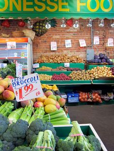 One of my fave places to shop and eat in the world- St. Lawrence Market in Toronto St Lawrence Market, Fresh Broccoli, Favorite Pastime, Farmers Market, Toronto, Clean Eating, Wellness, Marketing, Travel