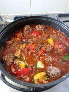 Kofta à La Paleo recept Dutch Recipes, Greek Recipes, Meat Recipes, Slow Cooker Recipes, Dinner Recipes, Cooking Recipes, Healthy Recipes, Aubergine Pizza, Good Food