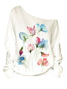 Off shoulder print slouchy oversize Sweatshirt fringe - Dress Painting, T Shirt Painting, Fabric Painting, Fabric Paint Shirt, Paint Shirts, Hand Painted Dress, Painted Clothes, Textiles, Fabric Paint Designs