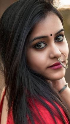 Beautiful Indian Actress, Beautiful Women, Holi Photo, Nose Jewelry, Dark Beauty, India Beauty, Girl Face, Indian Actresses, Sexy Women