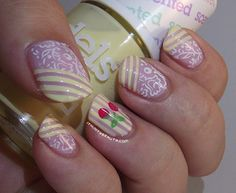 Ithinity Beauty ~ Nail Art Blog: A pop of Colour!