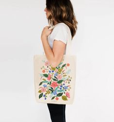 Based on an original painting by Anna Bond, our Floral Vines tote bag is perfect for trips to the farmer's market or library. Our tote bags are made and screen printed here in the USA. L × W cotton canvas Anna Bond, Floral Tote Bags, Rifle Paper Co, Fabric Bags, Love Bracelets, A Boutique, Canvas Tote Bags, Cotton Canvas, Screen Printing