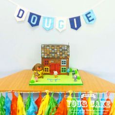 My Son's first birthday cake which I made him for his Hey Duggee Party! I'd never seen a clubhouse cake made and I wanted it to be big enough to feed his guests - which is was and more! Hey Duggee is our favourite CBeebies program! First Birthday Cakes, Birthday Parties, Romantic Themes, How To Make Cake, No Bake Cake, First Birthdays, Victoria, Big, Floral