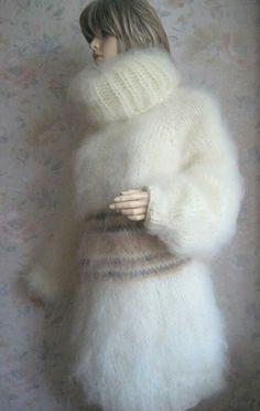 R Mini Robes, Angora, Pullover, Light Colors, Knitwear, Fur Coat, Turtle Neck, Wool, Knitting
