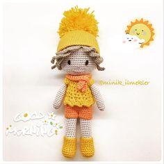 Soğuk bir Kasım gününde güneş gibi sıcacık bir bebekle herkese Günaydın On A cold November day, Good Morning to everyone with my new doll, like the Sun #amigurumi #amigurumilove #amigurumidoll #crochet #crochetaddict #handmade #gift #doll #elemeği #göznuru #hobinisat