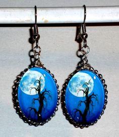 Ausgefallene Ohrringe Baum Mond blau Glas Edelstahl Ohrhänger beidseitig gleich