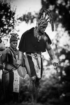 In Hawaiian mythology Kū or Kū-ka-ili-moku is one of the four great gods along… Hawaii Life, Aloha Hawaii, Hawaiian Mythology, Hawaiian Goddess, Hawaiian Tribal Tattoos, Polynesian Culture, Polynesian Men, Hawaiian Art, Vintage Hawaii