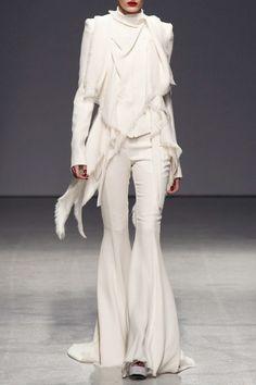 Gorgeous winter white trousers!