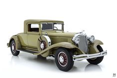 Classic Trucks, Classic Cars, Chrysler Coupe, Vintage Cars, Antique Cars, Vw Cars, Car Drawings, Sexy Cars, Hot Rods