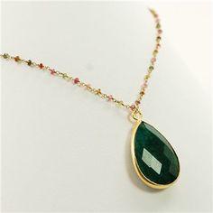 emerald-bezel-necklace~
