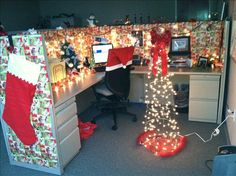 Wrap your cubical for that cheery hohoho atmosphere!