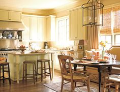 Would love to have this kitchen in my house!! Love the comfy feel that it has.
