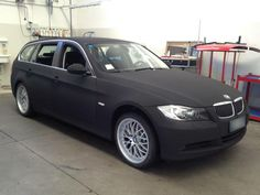 Car wrapping BMW 330 sw velvet black