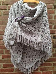 Fabulous Crochet a Little Black Crochet Dress Ideas. Georgeous Crochet a Little Black Crochet Dress Ideas. Mode Crochet, Knit Or Crochet, Crochet Crafts, Crochet Stitches, Crotchet, Crochet Shawls And Wraps, Knitted Shawls, Crochet Scarves, Crochet Clothes