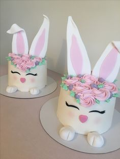 Easter bunny cakes