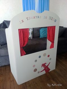 Fabriquer un lit de poup e avec une bo te de cl mentines - Fabriquer un theatre de marionnettes en bois ...
