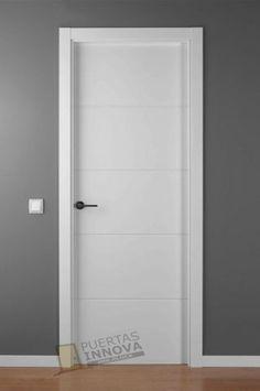 Puerta maciza lacada completa a falta de manilla con - Limpiar puertas lacadas ...