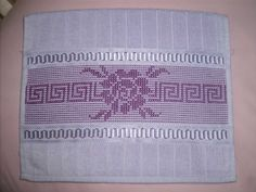 Embroidery Stitches, Hand Embroidery, Swedish Weaving Patterns, Bargello, Blackwork, Projects To Try, Towel, Cross Stitch, Irene