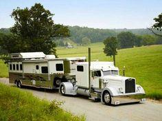 Big Rig Camper ! Big Rig Trucks, Semi Trucks, Old Trucks, Rv Truck, Truck Drivers, Farm Trucks, Flappers, Custom Big Rigs, Custom Trucks