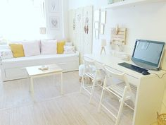 "Lack of space is always a problem, and it is usual for current homes to have a very limited space. However, this ""mini apartment"" located in Gran Cana. Small Apartment Design, Small Space Design, Small Apartments, Guest Room Office, Light And Space, Decorating Small Spaces, Small Rooms, Flooring, Interior Design"