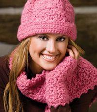 Crochet hat, scarf, fingerless gloves & leg warmers .... free pattern