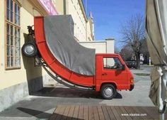 Funny Pictures-Flexible Funny Truck-Funny Images-Funny Photos