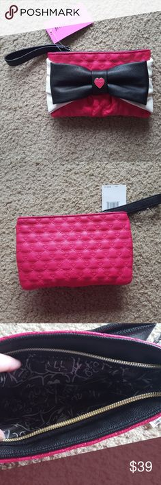 Betsey Johnson Bow Wristlet - NWT Adorable pink, black and white clutch Betsey Johnson Bags Clutches & Wristlets